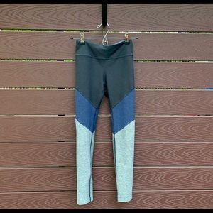 Outdoor Voices 7/8 Spring Leggings